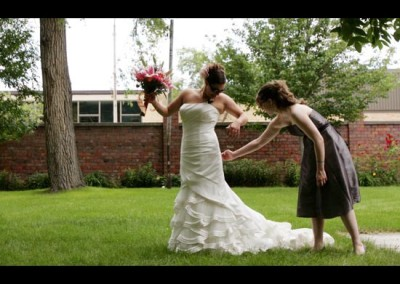 Kingsley Images - Outdoor Bridal Portrait, Getting Ready