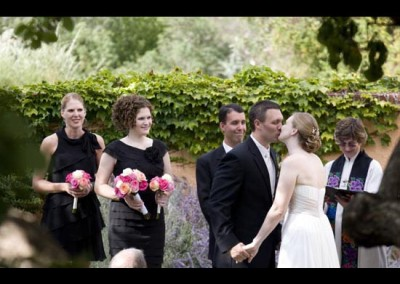 Kingsley Images - Wedding, Couple's first kiss
